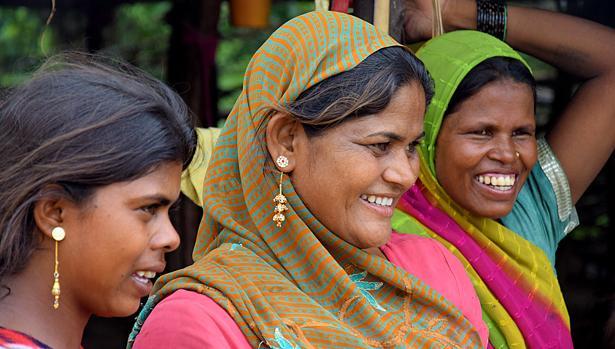 Gracias a la cuantía del microcrédito, estas mujeres abren sus pequeños negocios o arriendan tiendas para su explotación