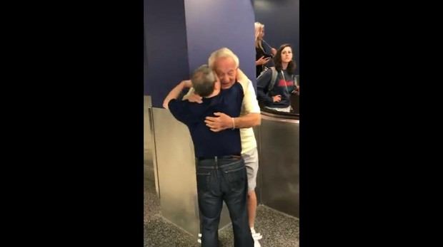 Imagen del vídeo del reencuentro