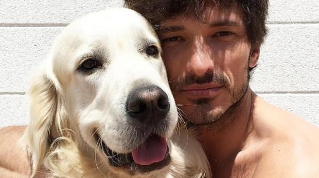El modelo Andrés Velencoso y su perro, Herry