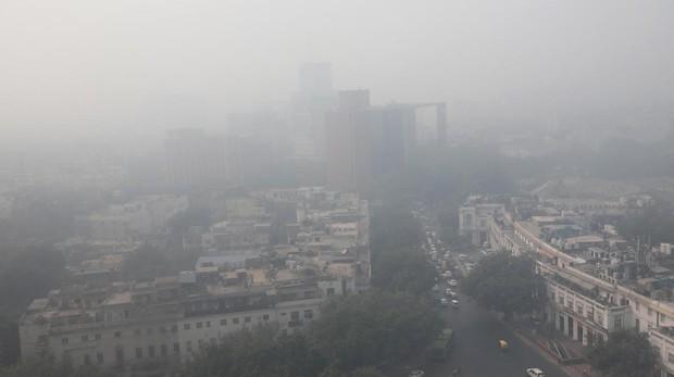 La contaminación del aire en Nueva Delhi se dispara hasta