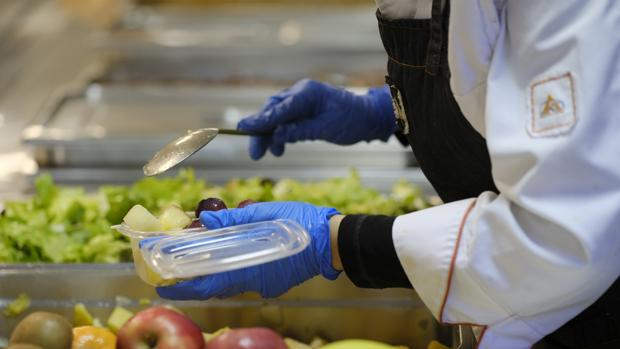 Una imagen de archivo de un comedor escolar en la Comunidad de Madrid