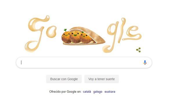 Tres sonrientes bolas de falafel protagonizan el doodle de Google