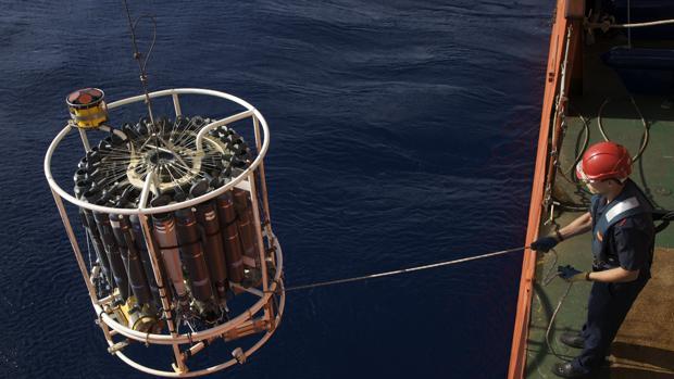El buque oceanográfico Sarmiento de Gamboa, del CSIC, en una expedición de 40 días en el Atlántico Norte