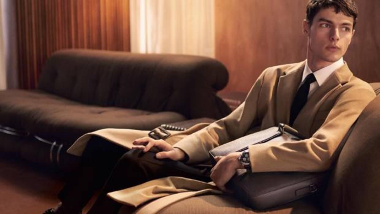 Viajar con estilo: 7 packs de accesorios masculinos de lujo