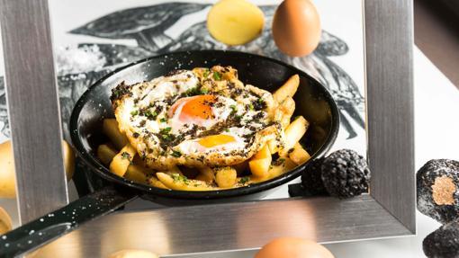 Sartén de huevos de corral con trufa de Arzábal