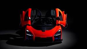 Los exclusivos coches que coleccionan los famosos