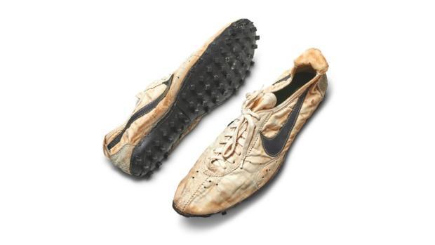 Más de un millón de euros por las 100 zapatillas más