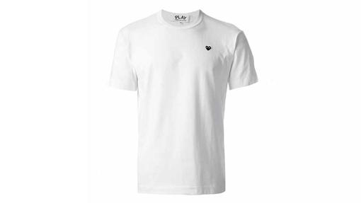 Camiseta básica con corazón (119 euros).