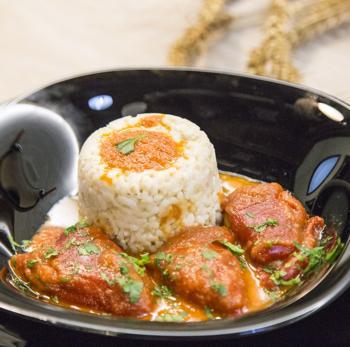 Pimientos del piquillo con arroz y bacalao
