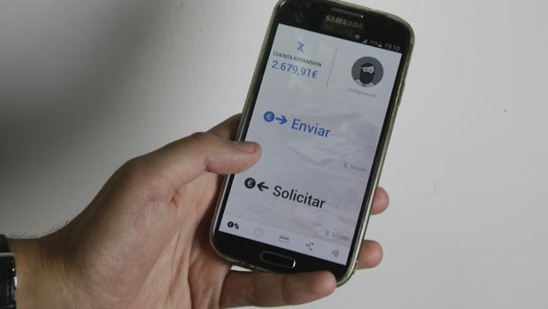 Bizum, aplicación de pago por móvil lanzada por los bancos de España