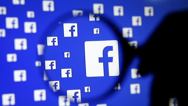 Facebook ya permite introducir subtítulos para los vídeos en directo