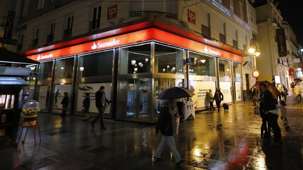 Sucursal del Grupo Santander