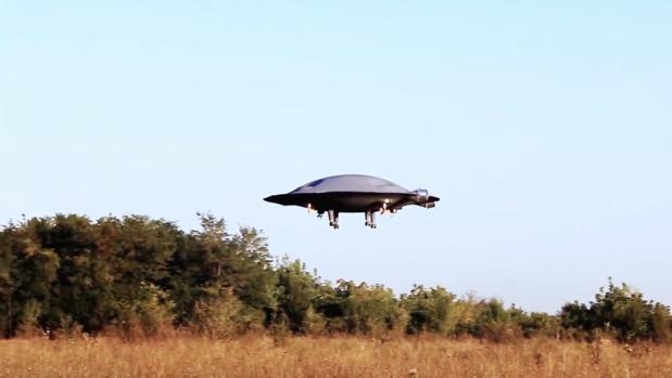 Crean un platillo volante completamente funcional y revolucionario