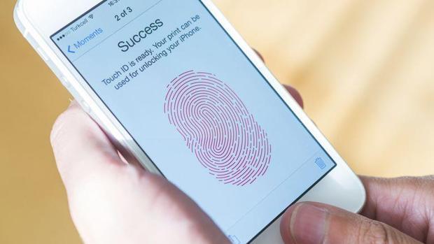 Los iPhone llevan años siendo «hackeados» por páginas webs, según un estudio de Google