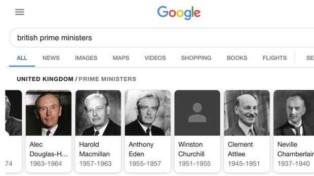 Google elimina la foto de Winston Churchill y las redes estallan contra el buscador