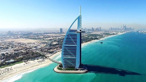 Hotel Burj Al Arab, visto desde el aire