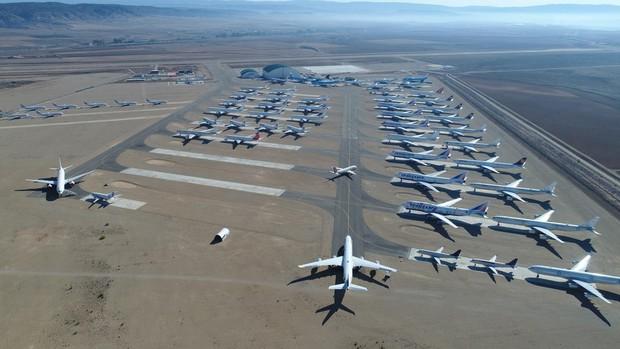 Aeropuerto de Teruel, dedicado al estacionamiento, mantenimiento y reciclaje de aviones