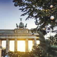 Berlín y la Puerta de Brandeburgo, con luces navideñas